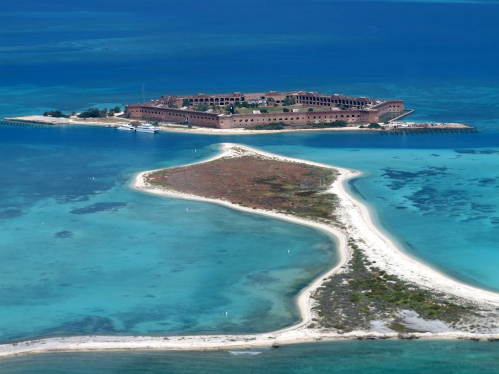 Dry tortugas national park south of key west where are sue mike for Garden key dry tortugas national park