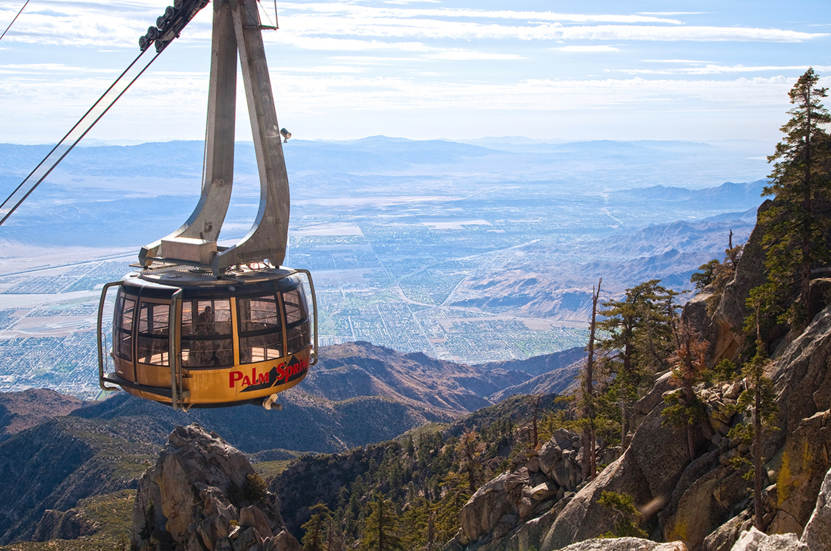 A breathtaking journey on the world's largest rotating tram.