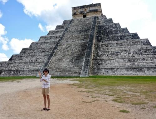 Exploring Chichén Itzá